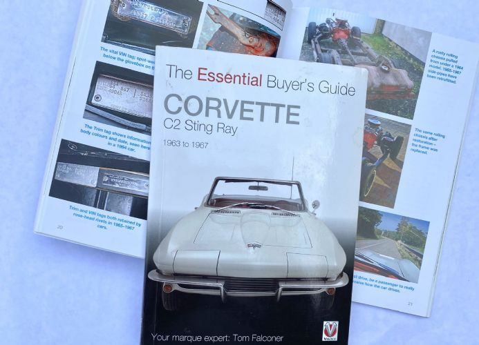 Essential Buyer's Guide Corvette C2 Sting Ray 1963 -1967  by Tom Falconer. Veloce